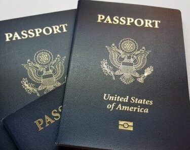 7 Republican senators push to restart passport processing